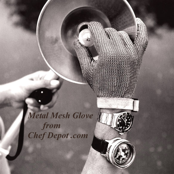 Solid Stainless Steel Gloves have many uses