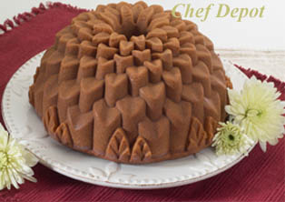 Flower Shaped Cake - made in the USA