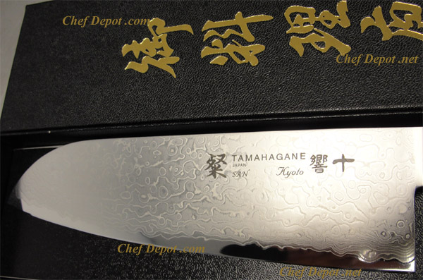Handmade Japanese Tamahagane 7 in. Damascus Santoku Knife, close up pictures
